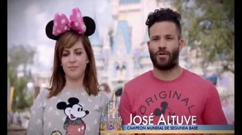 Walt Disney World TV Spot, 'Momentos mágicos' con José Altuvé [Spanish] - 11 commercial airings