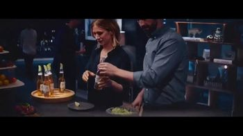 Corona Premier TV Spot, 'The Right Call' Song by Bill Withers - Thumbnail 4