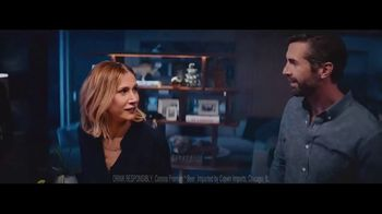 Corona Premier TV Spot, 'The Right Call' Song by Bill Withers - Thumbnail 5