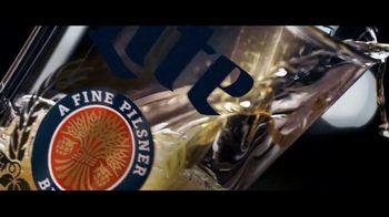 Miller Lite TV Spot, 'Servir' [Spanish] - Thumbnail 5