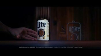 Miller Lite TV Spot, 'Señal Neón SL' [Spanish] - Thumbnail 1