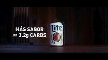 Miller Lite TV Spot, 'Señal Neón SL' [Spanish] - Thumbnail 4