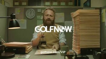 GolfNow.com VIP TV Spot, 'Workaholic Can't Leave Desk' - Thumbnail 7