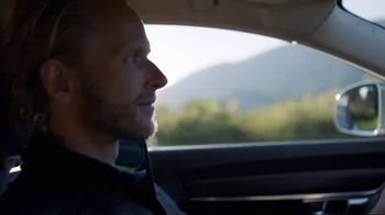 2018 Volvo V90 Cross Country TV Spot, 'Conference Call' [T1] - Thumbnail 8
