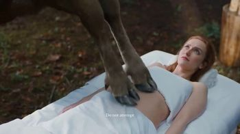 CoolSculpting TV Spot, 'April Fools': Moose Spa' - Thumbnail 4