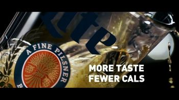 Miller Lite TV Spot, 'Pour Over' - Thumbnail 6