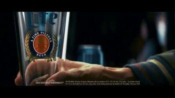 Miller Lite TV Spot, 'Pour Over v2 EL' - Thumbnail 2