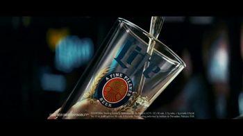 Miller Lite TV Spot, 'Pour Over v2 EL' - Thumbnail 3