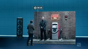 Fifth Third Bank TV Spot, 'ATM Research Lab: No Fees' - Thumbnail 4