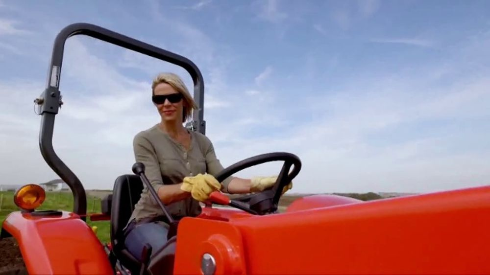 Kubota Bring on Spring Event TV Commercial, 'L2501 HST Tractors' - Video