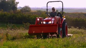 Kubota Bring on Spring Event TV Spot, 'L2501 HST Tractors' - Thumbnail 8