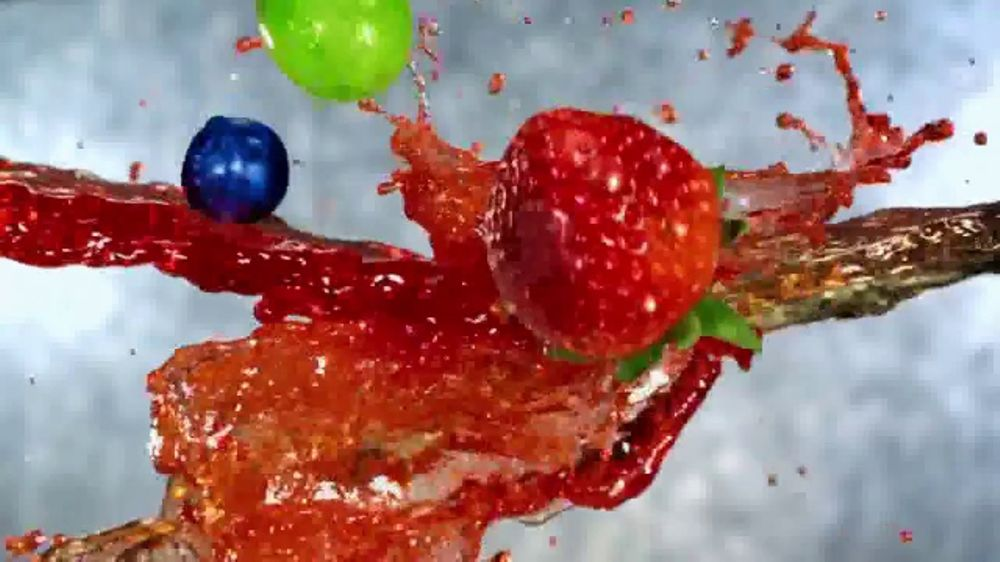 Lipton Iced Tea With a Splash of Juice Berry TV Commercial, 'Truly Refreshing'