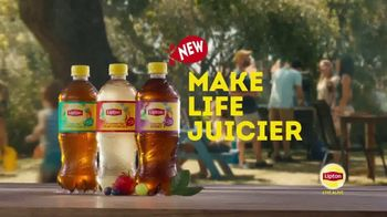 Lipton Iced Tea With a Splash of Juice Berry TV Spot, 'Truly Refreshing' - Thumbnail 10