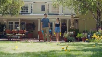 Scotts Turf Builder Triple Action TV Spot, 'Triple Threat' - 6591 commercial airings