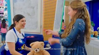Build-A-Bear Workshop TV Spot, 'Birthday Parties: Most Fun Ever' - Thumbnail 5