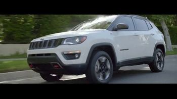 Jeep TV Spot, 'Elevate: SUV Lineup' [T1] Song by Carrollton - Thumbnail 3