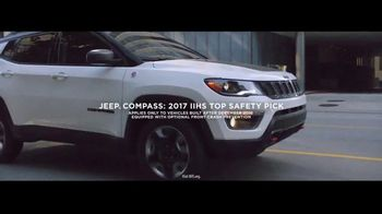 Jeep TV Spot, 'Elevate: SUV Lineup' [T1] Song by Carrollton - Thumbnail 5