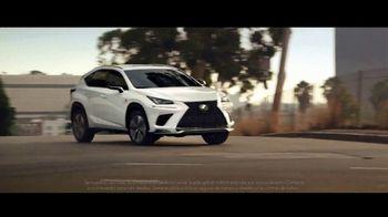 Lexus NX TV Spot, 'La vida es un cross-over' [Spanish] [T1] - Thumbnail 2