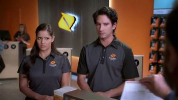 Boost Mobile TV Spot, 'Un plan apto para la familia' [Spanish] - Thumbnail 2