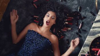 Revlon Super Lustrous Lipstick TV Spot, 'Anthem' Featuring Ashley Graham - Thumbnail 10