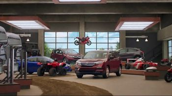 Honda Dream Garage Spring Event TV Spot, 'Get the Lights' [T2] - Thumbnail 8