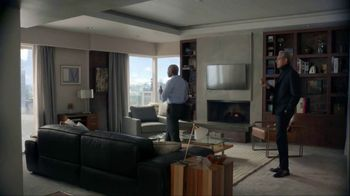 Apartments.com TV Spot, 'Upwardly Immobile' Featuring Jeff Goldblum - Thumbnail 8
