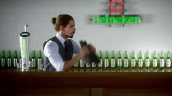 Heineken Light TV Spot, 'Sometimes Lighter Is Better: Rooftop'