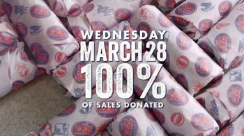 Jersey Mike's TV Spot, '2018 Day of Giving' - Thumbnail 7