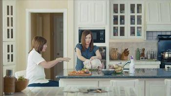 Clorox + Bleach TV Spot, 'On Kitchen Dinner' Featuring Nora Dunn - Thumbnail 5