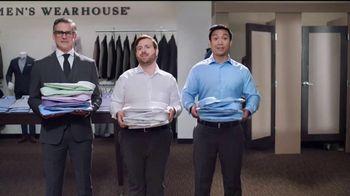 Men's Wearhouse Evento para Surtir TV Spot, 'Uno gratis' [Spanish] - Thumbnail 2