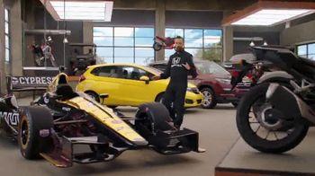Honda Dream Garage Spring Event TV Spot, 'Big Deal' Ft. James Hinchcliffe [T1] - Thumbnail 7