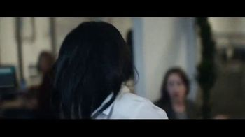 Macy's TV Spot, 'The Chase' - Thumbnail 5