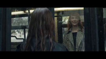 Macy's TV Spot, 'The Chase' - Thumbnail 7