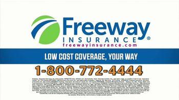 Freeway Insurance TV Spot, 'Por el precio' [Spanish] - Thumbnail 8