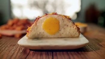 Taco Bell Naked Egg Taco TV Spot, 'Out of the Shell'