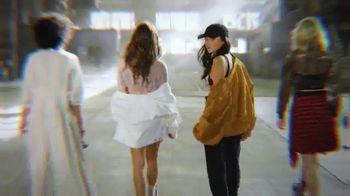 SKECHERS D'Lites TV Spot, 'Street Dancing' - Thumbnail 6