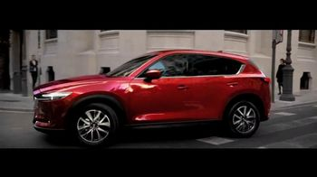 2017 Mazda CX-5 TV Spot, 'Details' - Thumbnail 6
