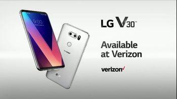 LG V30 TV Spot, 'Never Compromise: Verizon' Song by Molly Kate Kestner - Thumbnail 10