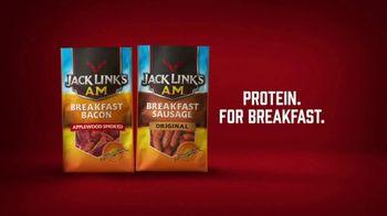Jack Link's Beef Jerky TV Spot, 'Runnin' With Sasquatch: Glamping' - Thumbnail 10