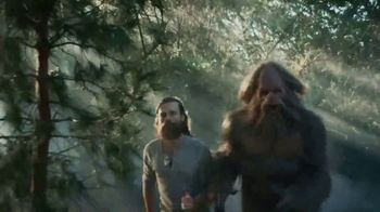 Jack Link's Beef Jerky TV Spot, 'Runnin' With Sasquatch: Glamping' - Thumbnail 8