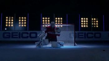 GEICO TV Spot, 'NHL: Braden Holtby Defends' - Thumbnail 8