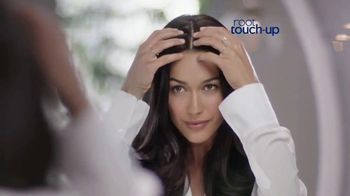 Clairol Root Touch-Up TV Spot, 'Without the Salon' - Thumbnail 1