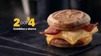 McDonald's 2 for $4 Breakfast Sandwiches TV Spot, 'Combínalo' [Spanish] - Thumbnail 5
