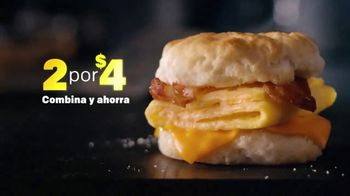 McDonald's 2 for $4 Breakfast Sandwiches TV Spot, 'Combínalo' [Spanish] - Thumbnail 7