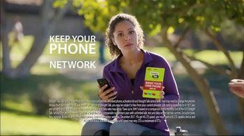 Straight Talk Wireless Bring Your Own Phone SIM Kit TV Spot, 'Special Talk' - Thumbnail 6