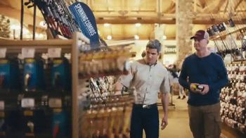 Cabela's Great Outdoor Days Sale TV Spot, 'Hoodies, Footwear & Tackle Bags' - Thumbnail 5