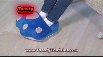 Toasty Tootsies TV Spot, 'Keep Your Tootsies Warm for Hours' - Thumbnail 3