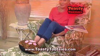 Toasty Tootsies TV Spot, 'Keep Your Tootsies Warm for Hours' - Thumbnail 5