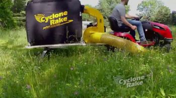 Cyclone Rake TV Spot, 'More Time for the Things You Love to Do' - Thumbnail 7
