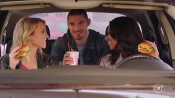 Sonic Drive-In Signature Slingers TV Spot, 'CMT: New Song Flavor' - Thumbnail 8